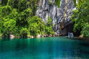 Explore Phong Nha cave